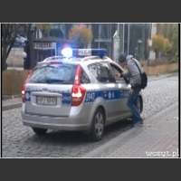 Graffiti - trolling policji